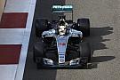 Hamilton participe aux derniers essais Pirelli 2017 à Abu Dhabi