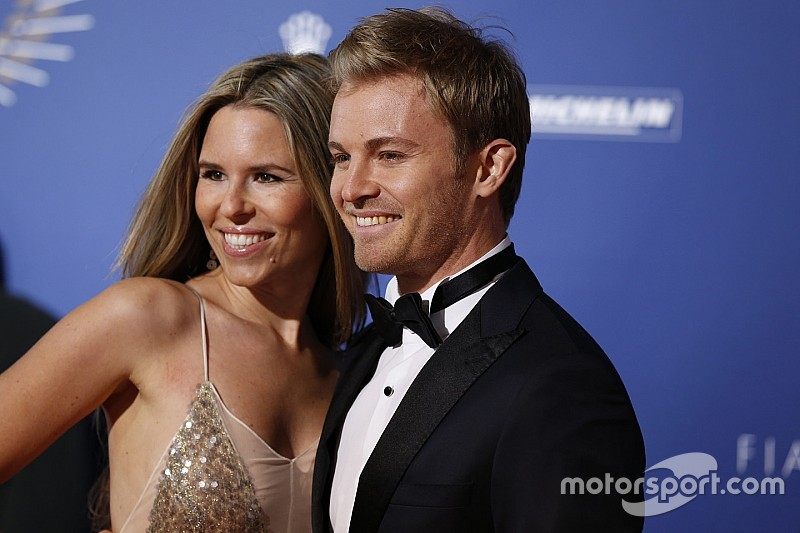 """Rosberg: """"Ahora podré volver a ser amigo de Hamilton"""""""