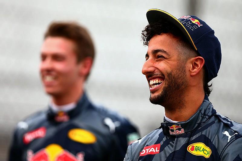 """Mi megmondtuk: Ricciardo szárnyalt, Kvyat a """"rivaldafényben"""""""