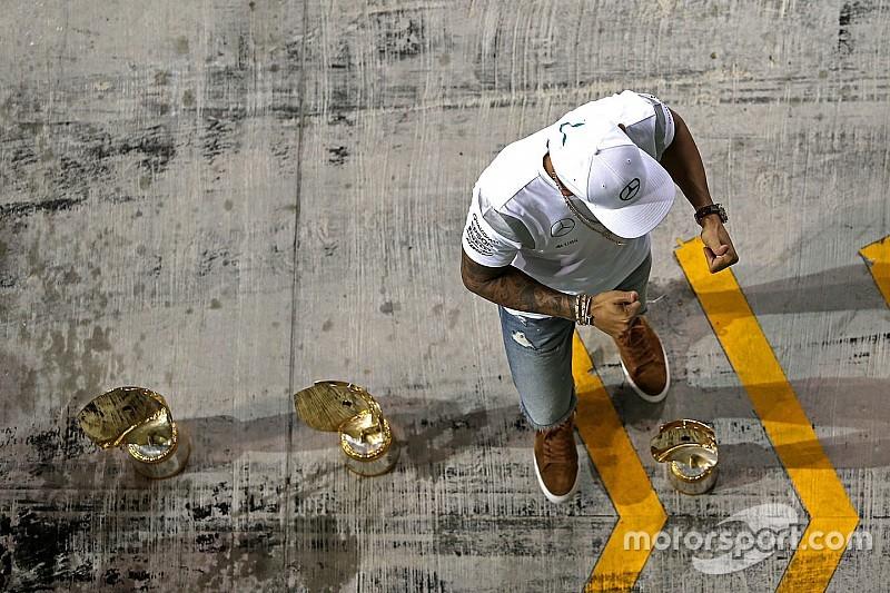 """Hamilton: """"Mercedes tenía que dar igualdad de oportunidades y no lo hizo"""""""