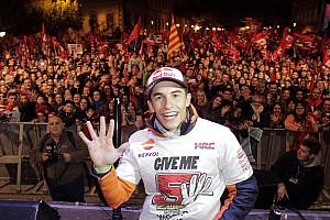 """MotoGP Noticias Márquez: """"Yo no canté el 'Valentino el que no bote', pero salté"""""""