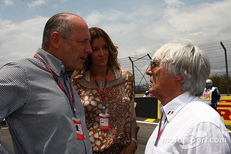 Bernie Ecclestone aún lamenta salida de Ron Dennis de McLaren