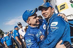 Dakar Résumé de spéciale Camions - Nikolaev réussit la passe de trois !