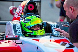 Indian Open Wheel Rennbericht Mick Schumacher: Start-Ziel-Sieg in Rennen 1 der Buddh MRF Challenge