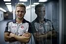 """Magnussen: """"Los coches de 2017 me ayudarán con mi mayor debilidad"""""""