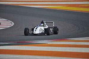 Indian Open Wheel Jelentés a versenyről Mick Schumacher ütközött, így Newey nyert