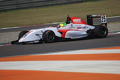 Mick Schumacher gana dos veces en la India
