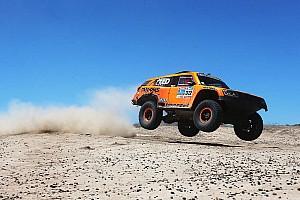 Dakar Special feature Column Tim Coronel: Dakar 2018 in een Hummer, dat past wel bij ons!