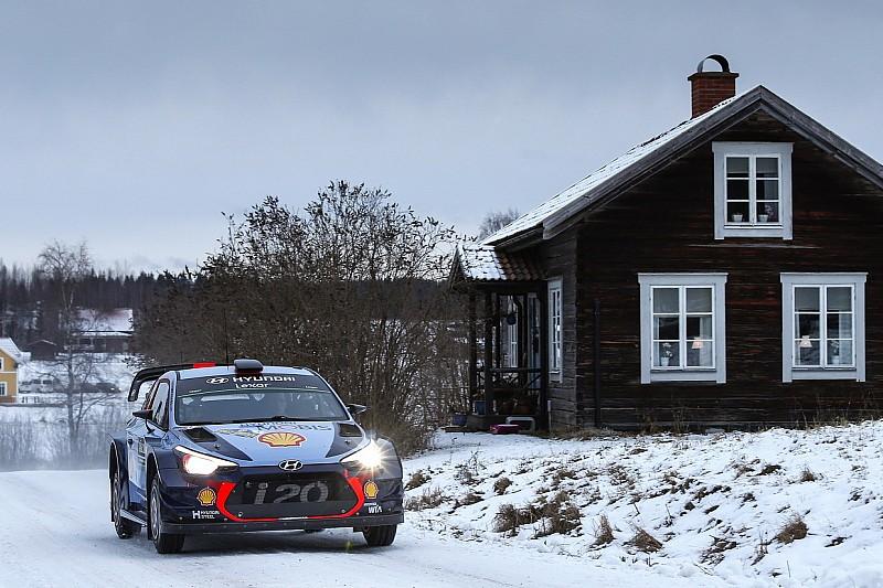 Neuville, al frente del segundo día del Rally de Suecia