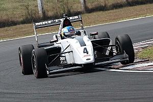 Інші Формули Важливі новини MRF Challenge, Етап 4, Гонка 1: Ньюі випереджає Шумахера
