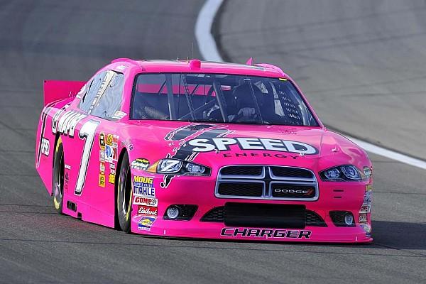 Формула 1 Самое интересное Жизнь в розовом цвете. Самые «негоночные» ливреи в автоспорте