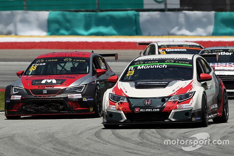 Hivatalos: Ficza Ferenc a TCR-ben versenyez, a Zengő Motorsporttal is!