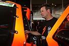 Robby Gordon se metió en problemas en Australia por hacer trompos en la calle