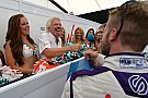Formula E DS Virgin bromea y propone como piloto de reserva... ¡a su propietario!