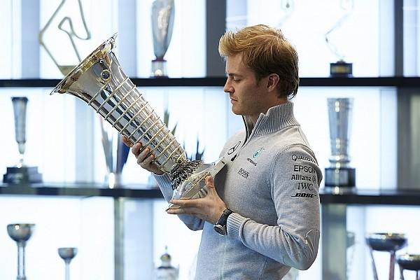 Rosberg revela que perdeu troféu de campeão da F1
