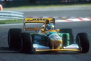 Машина, на которой Шумахер одержал первую победу, вернется на трассу