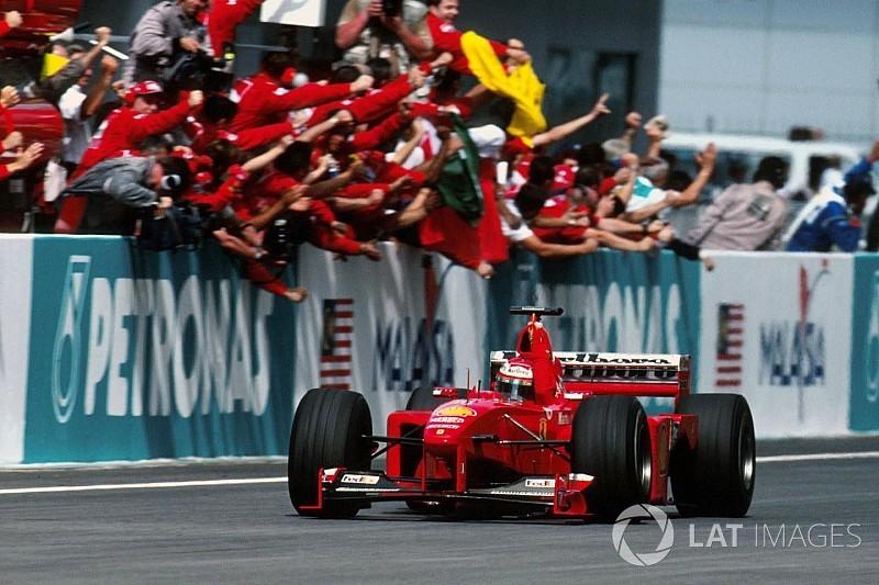 Формула 1 впервые покажет архивную гонку в интернете