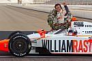 In beeld: Dan Wheldon in de Indy 500