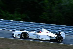 VIDEO: Livery tes Formula 1 terunik