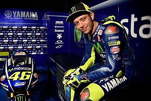 MotoGP Actualités Rossi dédramatise sa peur d'arrêter la moto et pense aux courses auto