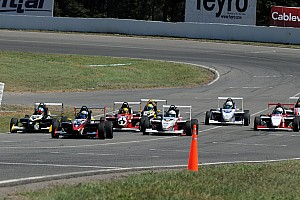 Formula Renault Новость Конфуз на финише. Как не должны заканчиваться гонки