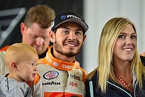 NASCAR Cup Noticias de última hora Kyle Larson anuncia su compromiso matrimonial