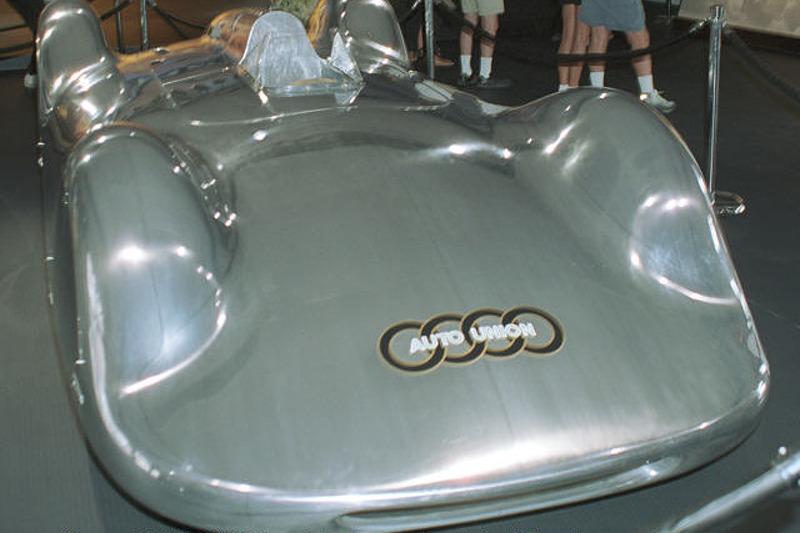 1937 Auto Union V16 Type C Streamliner