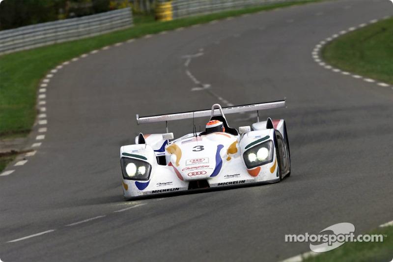 Johnny Herbert en el Champion Audi R8 #3