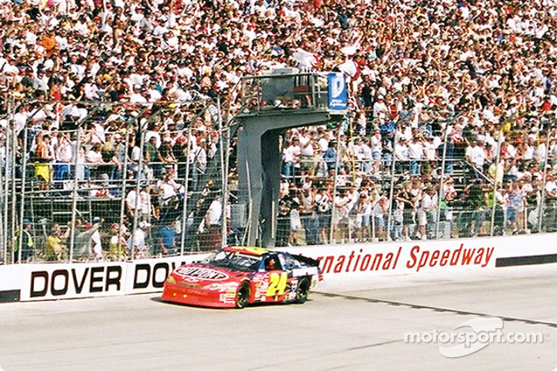 Jeff Gordon take the checkered flag and the victory
