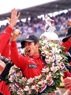 Helio Castroneves celebrating victory