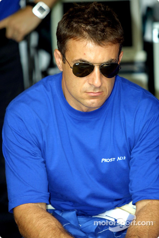 Jean Alesi, before the race