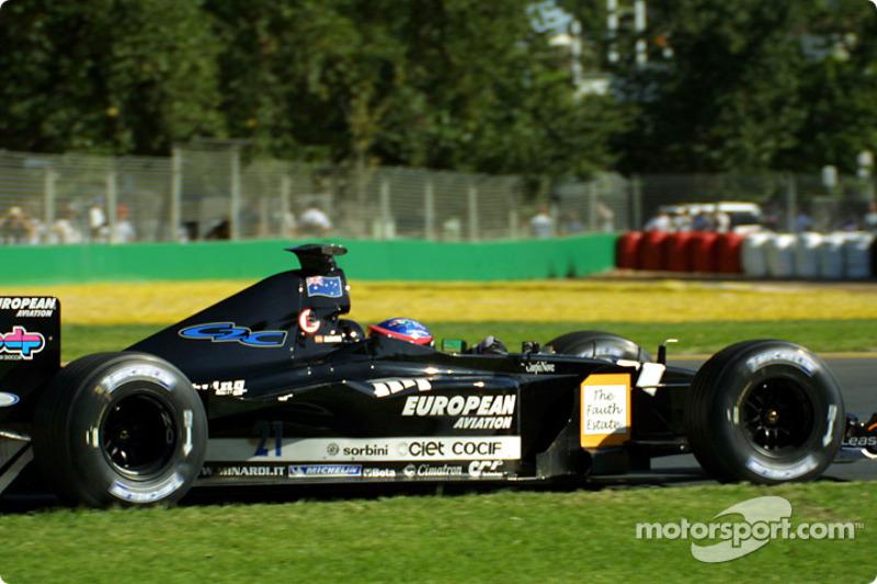 2001: Alonso is zijn teamgenoot de baas
