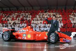 Schumi, celebrando con su auto número 1