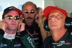 Eddie Irvine, Bobby Rahal y Niki Lauda