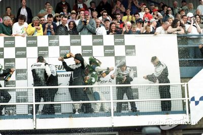 Thunder in the Park: Minardi 2 places