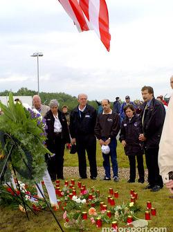 Joe Heitzler, Roberto Moreno and others remembering September 11th