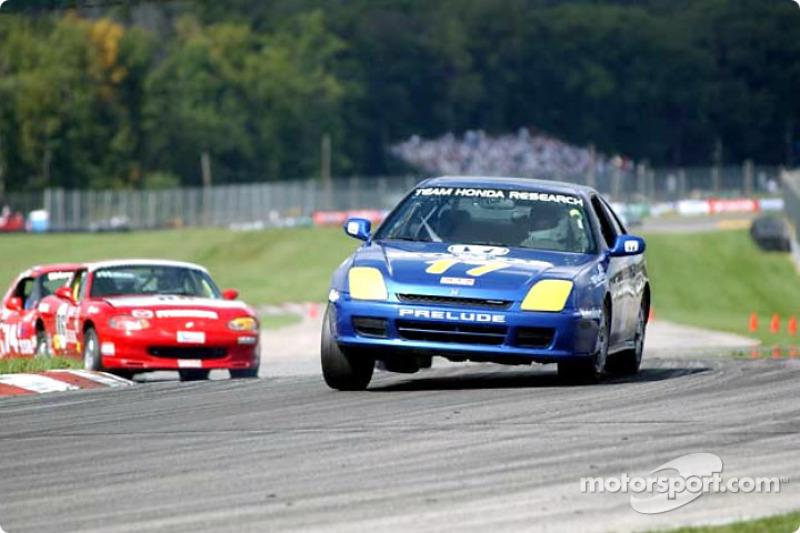 Race 13, Showroom Stock B: Brian Shanfeld