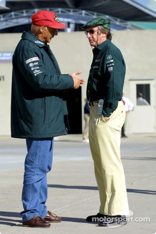Jackie Stewart discussing with Niki Lauda