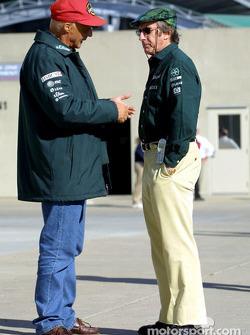 Jackie Stewart discussing with Niki Lauda