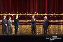 Milan, Teatro alla Scala: Luca di Montezemelo presenting Michael Schumacher ve Jean Todt