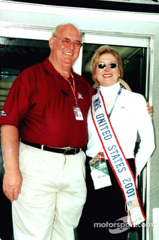 Benny Parsons with Miss United States 2001