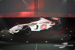 El nuevo BAR Honda 004