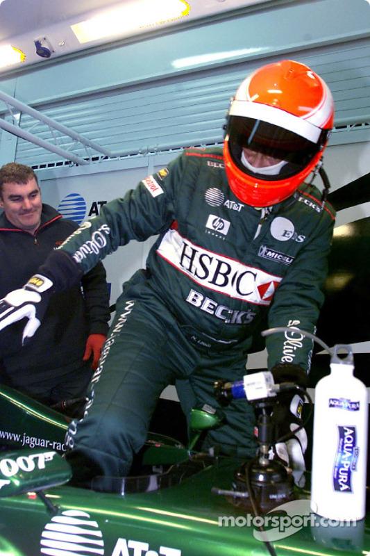 Niki Lauda taking place in the Jaguar R2
