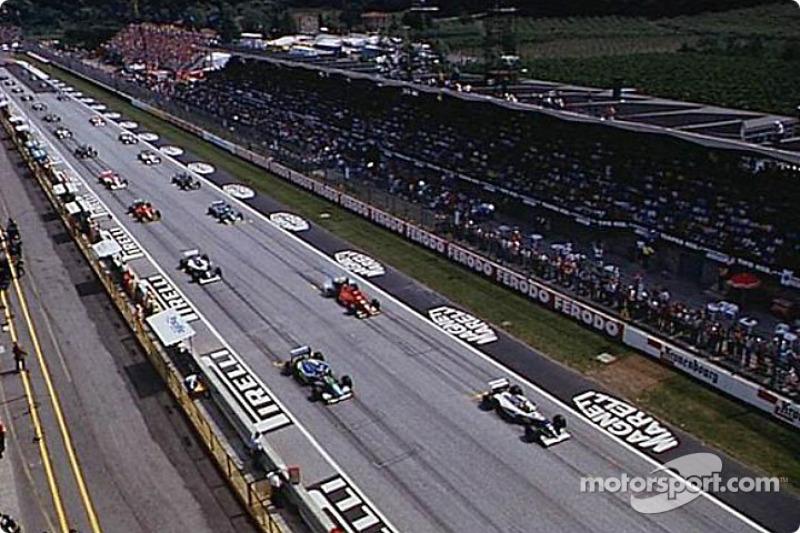 The start: Ayrton Senna on pole