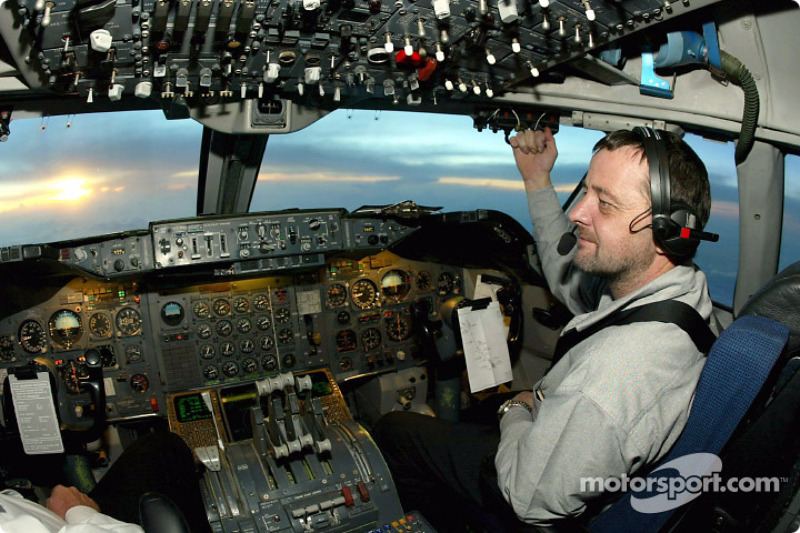 Votre pilote pour ce vol : Paul Stoddart