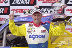 Dennis Setzer with his trophy and 7th career victory