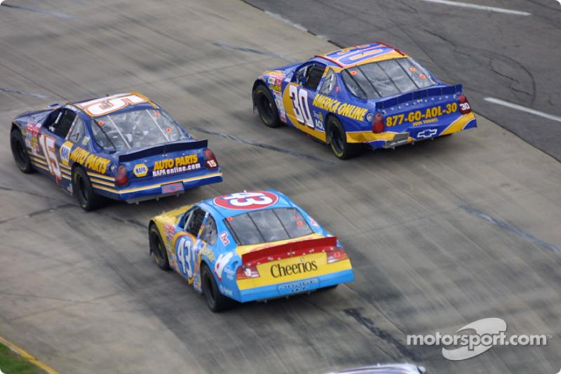 Michael Waltrip, John Andretti et Jeff Green