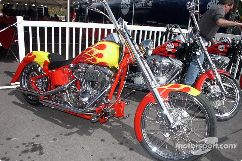 Mac Tools Custom Bike