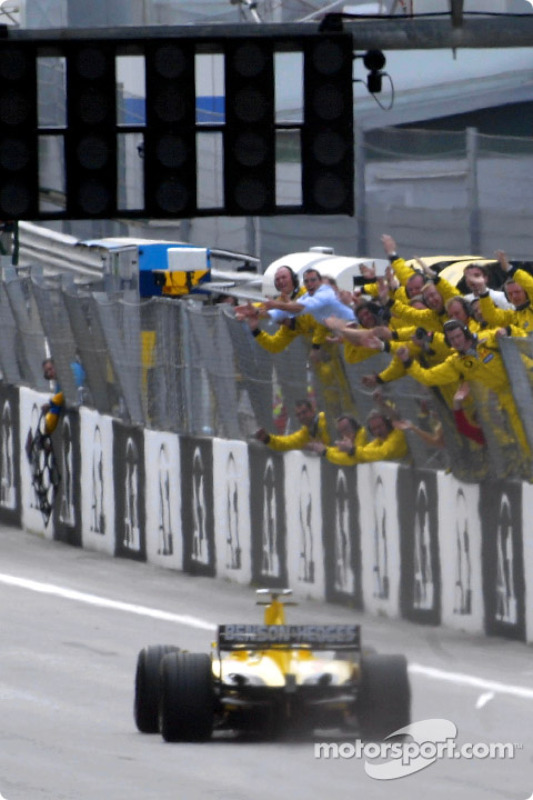 Primeros puntos de la temporada para Giancarlo Fisichella