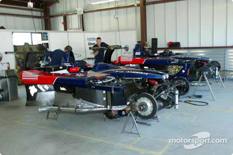 Panoz Motor Sports garage area